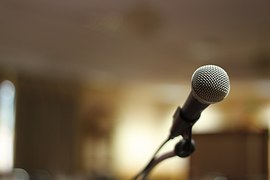Ten Tips on Choosing a Guest Speaker